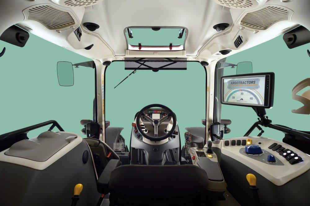 Landini 6C V-Shift cab inside