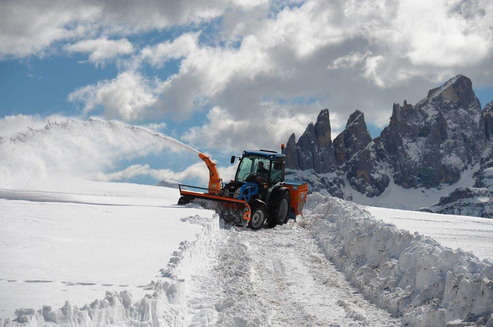 Rex4 Trattori Landini nella neve