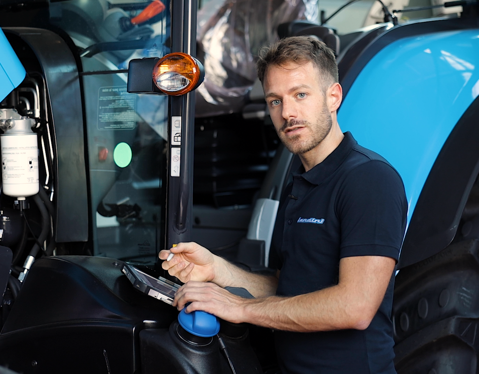 Remote management of the tractor's electronics